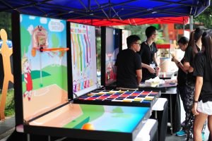 Game Stalls Wide Variety for Carnivals