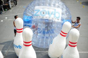 Land ZOVBing Bowling for game stalls at carnival